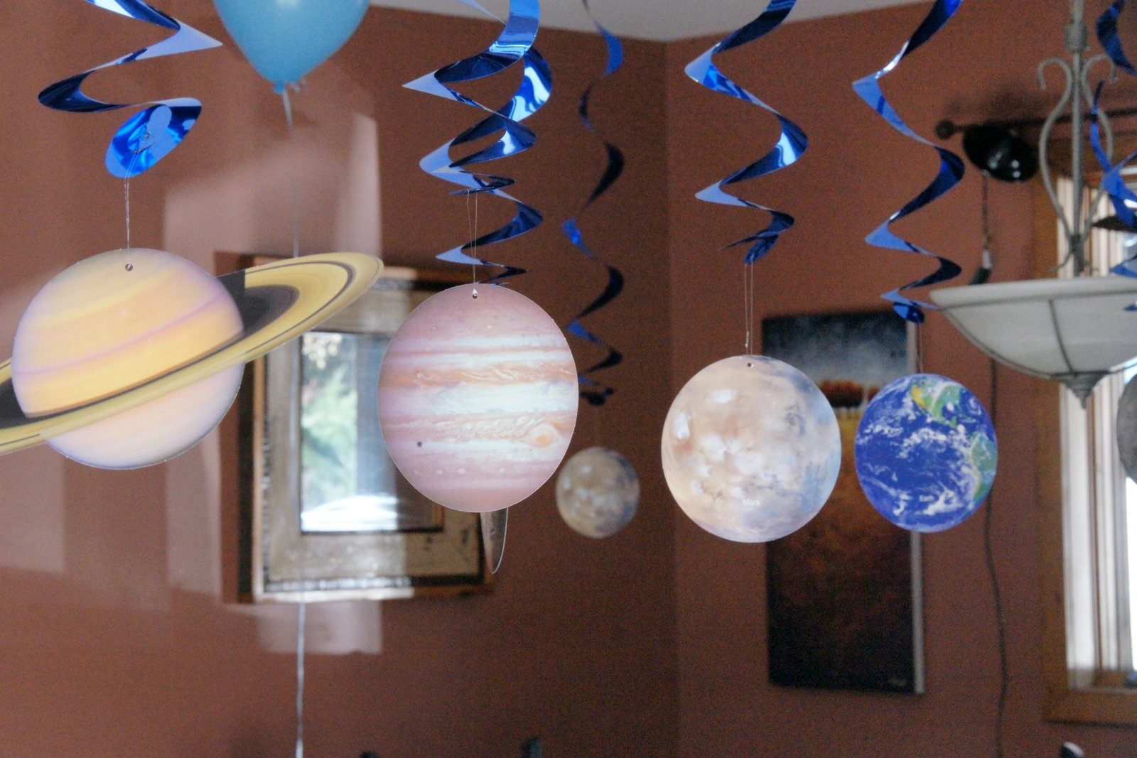 making planets out of balloons - photo #16